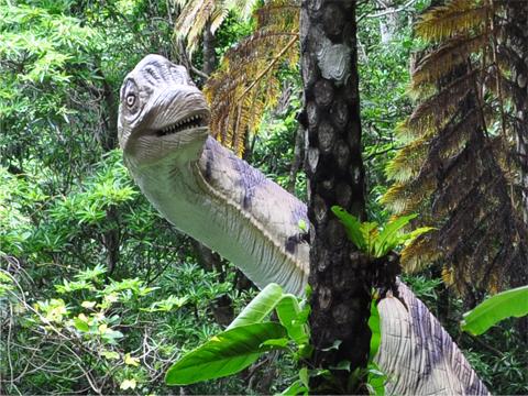 迫力ある50体以上の恐竜