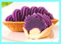 人気 ランキング<br><span style='color:#0000ff;'>冷凍生菓子 1位</span><br><strong>紅いも生タルト</strong>の画像